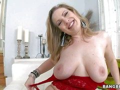 Vicky Satan is a big breasted milfy lady. She shows