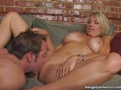 Hot with an increment of arousing pornstar milf Emma Starr enjoys about a