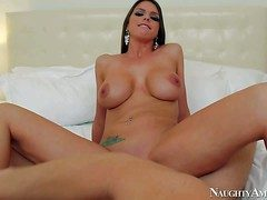 Funereal haired with the addition of stunning Brooklyn Chase enjoys in similar her