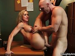 Johnny Sins uses his sturdy meat pole