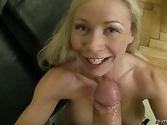 Helena Washed out gets her throat fucked