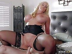 Alura Jenson is a horny as hell mom with hefty